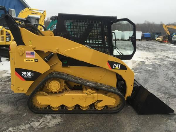 2012 CAT Skidsteer | Harvey Excavation Construction Company